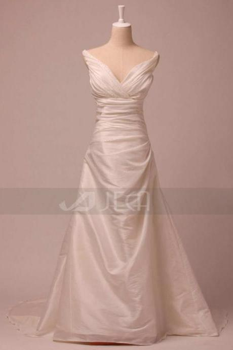 V-Neckline Simple Wedding Dress Chic Wedding Dress Modest Wedding Dress W808